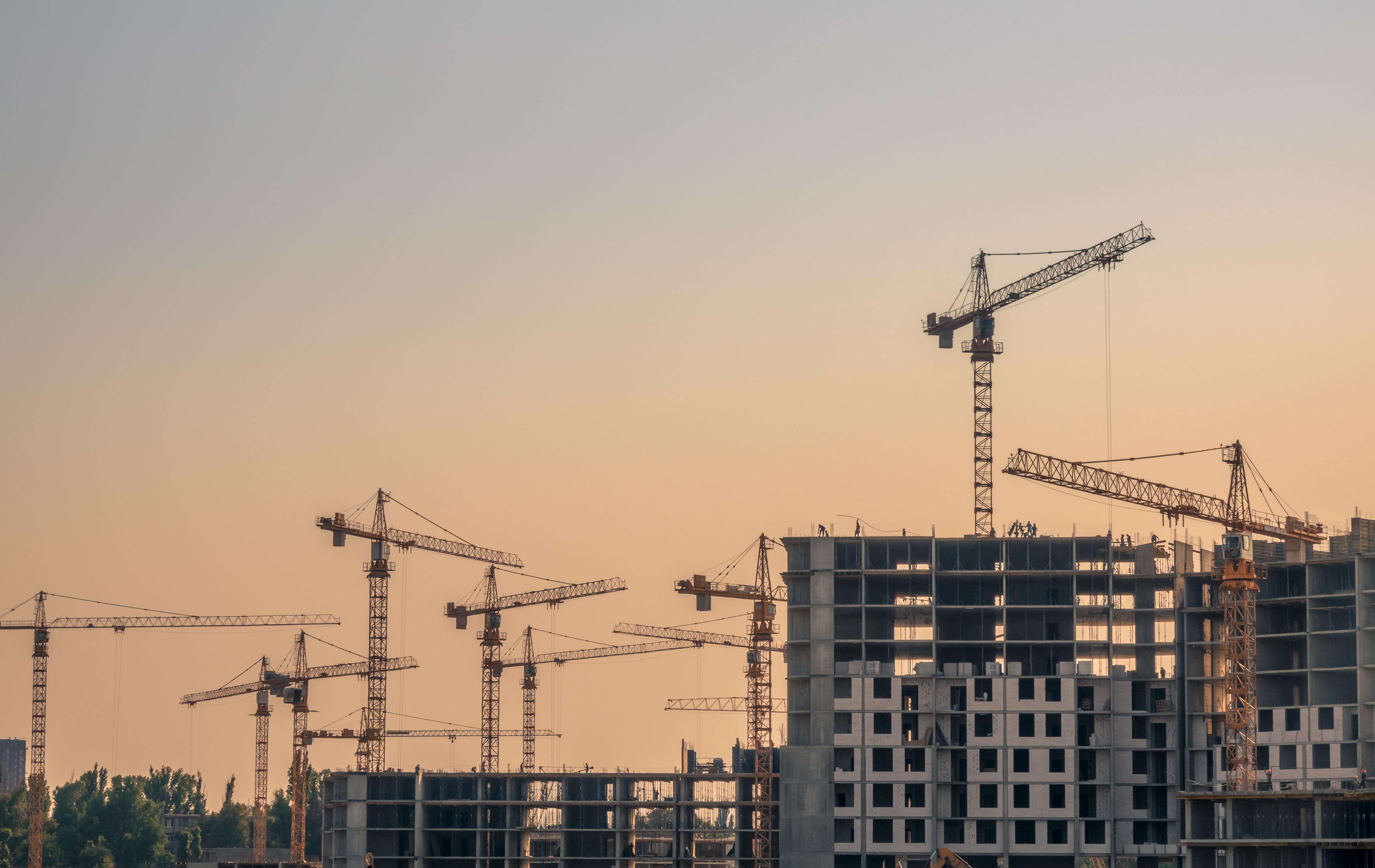 Novas construções continuam a aumentar para dar resposta à falta de oferta no imobiliário